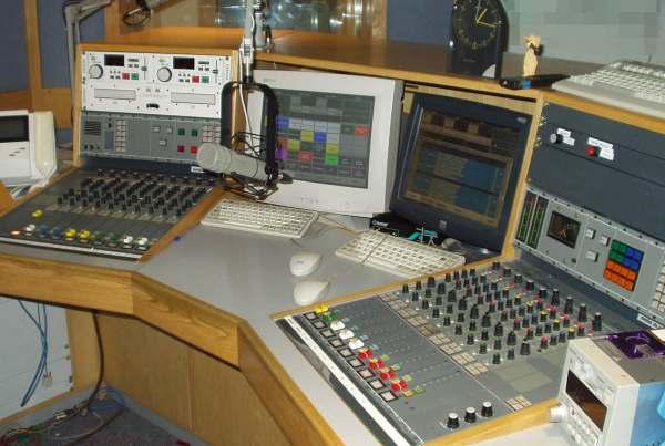 Essex FM CR2