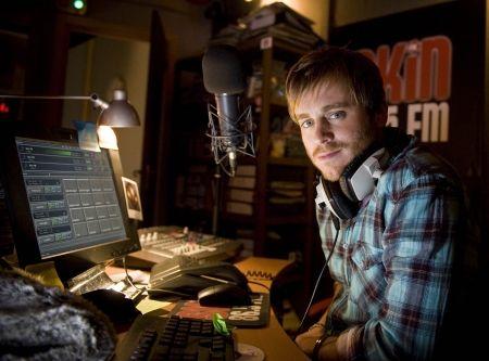 FM - Dom Cox Still